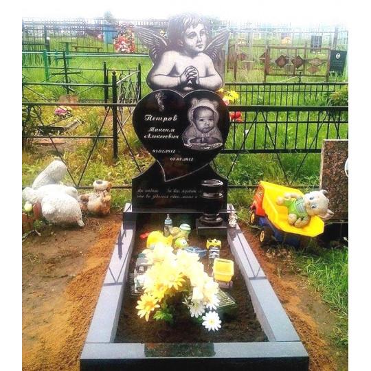 Памятник гранитный с ангелом ребенку ts0267