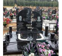 Памятник двойной с кованным крестом ts0299