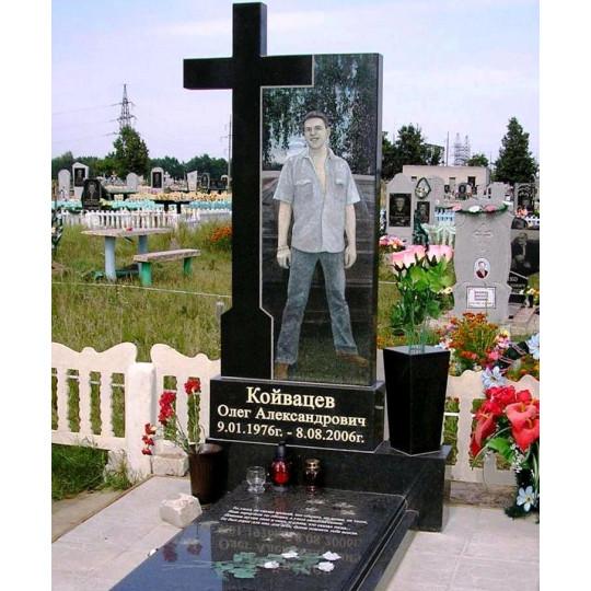 Памятник вертикальный с резным крестом ts0155