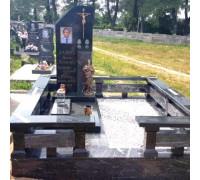 Памятник эксклюзивный с крестом и орденами ts0149