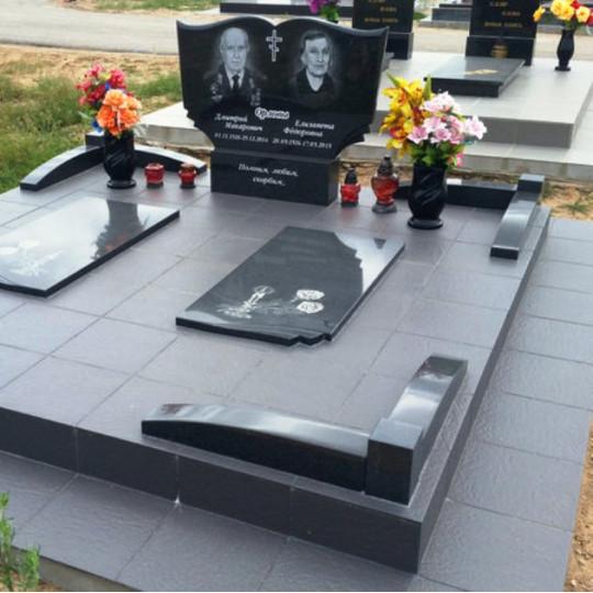 Памятник семейный на двоих горизонтальный ts0146