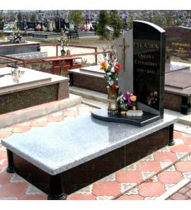 Памятник вертикальный из гранита ts0120