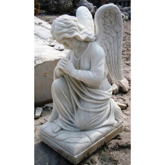 Статуя коленопреклоненного Ангела ts0422