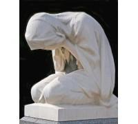 Надгробная скульптура Скорбящей
