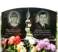 Памятник двойной с прорезной свечой ts0309