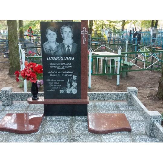 Прямоугольный мемориальный комплекс для двоих