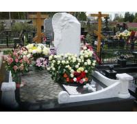 Памятник вертикальный с ангелом ts0286