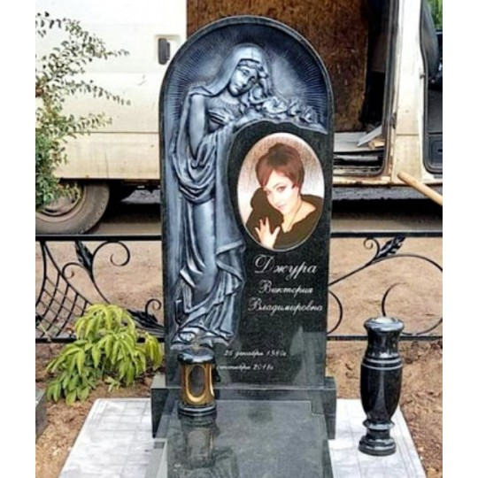 Надгробный элитный памятник со скорбящей матерью