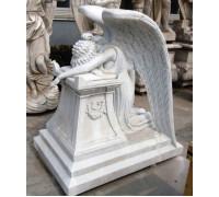 Скульптура склонившегося Ангела ts0231