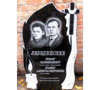 Памятник фигурный для двоих со Свечой ts0367