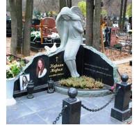 Мемориальный комплекс со скульптурой ангела и голубем ts0210