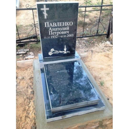 Недорогой прямоугольный памятник на могилу