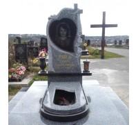Памятник фигурный с крестом и розами ts0137