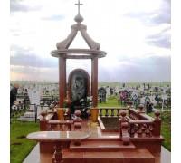 Мемориальный комплекс с крестом и куполом ts0219