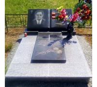 Надгробный памятник на могилу в виде Книги ts0507