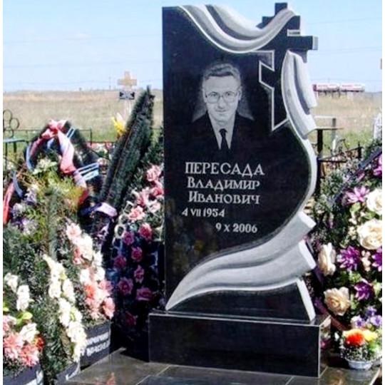 Памятник вертикальный резной с плащаницей ts0257