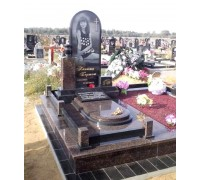 Овальный гранитный памятник на могилу девушки