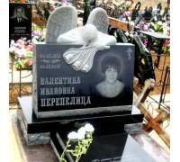 Памятник гранитный горизонтальный с резным ангелом ts0130
