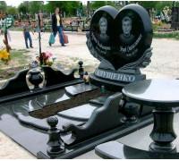 Памятник одно Сердце на двоих ts0265