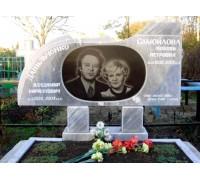 Семейный памятник из серого гранита ts0605